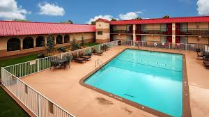 Blue Haven Pools Tulsa by Hotel Tulsa Airport Ok Booking Com