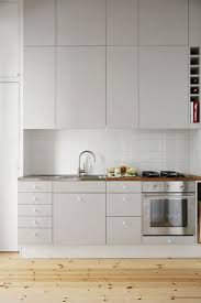 Grey Kitchen Cabinets by Best 25 Minimalist Kitchen Cabinets Ideas On Pinterest
