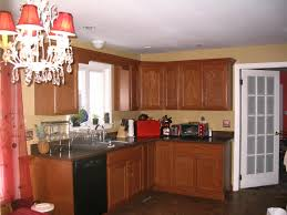 oak cabinets with dark floors oak cabinets with dark hardwood