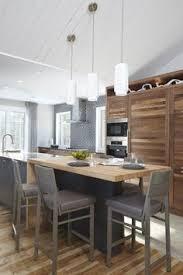 bloc central cuisine îlot central grand plan de travail cuisine bois blanc inspiration