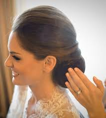 i need a makeup artist for my wedding 10 questions to ask your wedding hairstylist makeup artist