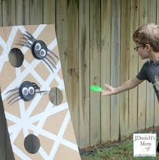 Easy Backyard Games 25 Simple Carnival Games For Kids Backyard Carnival Carnival