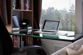 Glas Desk Little Thing Desks U2013 The Brooks Review