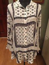 New ListingNWT FREE PEOPLE Long Sleeve Hi Low Button Down Blouse Red Size S Depositphotos