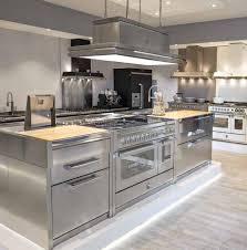 gamme cuisine cuisines façades inox cuisine équipée tout inox intérieure haut