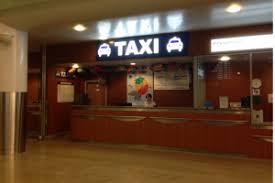 bureau des taxis comment aller de l aéroport au centre de moscou ou à la place