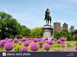 statue of george washington in the public gardens of boston common