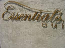 wandgestaltung paneele puristische kunststeinpaneele in betonoptik mit holzmaserung