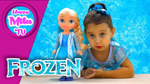 disney frozen northern lights elsa music and light up dress frozen northern lights elsa sings let it go unboxing funny review