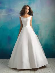 classic wedding dresses classic gown wedding dress kleinfeld bridal