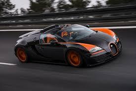 Veyron Bugatti Price Bugatti Veyron Grand Sport Vitesse Hits 254 Mph With Top Down