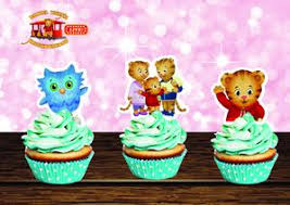 daniel tiger cake daniel tiger cupcake 2 toppers daniel tiger printable cupcake 2