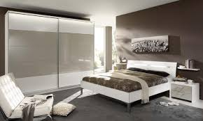 Bedroom Furniture White Gloss Gloss Bedroom Furniture Discoverskylark
