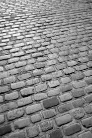 Cobblestone Molds For Sale by Best 25 Cobblestone Patio Ideas On Pinterest Cobblestone Pavers