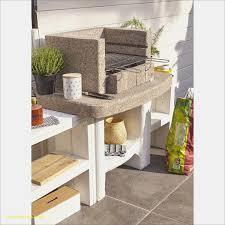 fabriquer cuisine exterieure cuisine exterieure beton nouveau plan de travail exterieur en