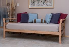 oak wooden sleigh daybed selecting the best sleigh daybed
