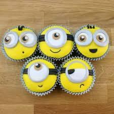 minion cupcake cake the 25 best minion cupcakes ideas on kid cupcakes