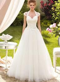 white wedding gowns white wedding dress wedding corners