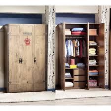 armoire pour chambre enfant design pirate à 3 portes ouvrantes pour chambre enfant