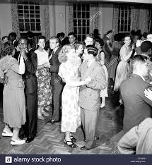 cocktail party 1950s stock photos u0026 cocktail party 1950s stock