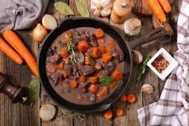 cuisiner boeuf bourguignon boeuf bourguignon recette viandes supertoinette