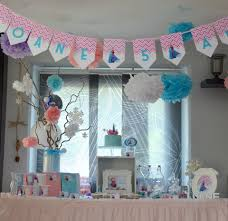 deco jungle bapteme décoration de salle anniversaire organisation baby shower