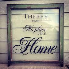 Using Old Window Frames To Decorate Best 25 Vintage Windows Ideas On Pinterest Old Window Crafts