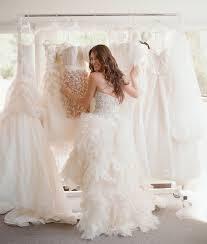 essayage robe de mari e les essayages de la robe de mariée comment faire pour que ça se