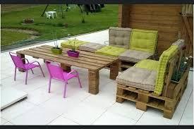 canapé exterieur en palette salon exterieur palette canape salon de jardin avec palettes de bois