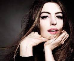 Hollywood  Anne Hathaway HD Wallpapers      PlusZoom