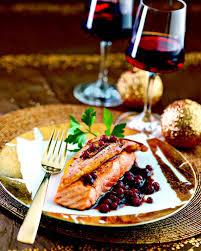 cuisiner des airelles recette saumon façon rossini sauce aux airelles