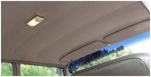 tache siege voiture nettoyer le plafond de sa voiture tout pratique