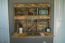 fabriquer bureau soi m e bureau en palette modèles diy et tutoriel pour le fabriquer soi même