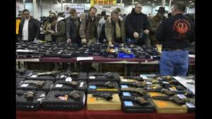 nation u0027s gun show in va draws in thousands of gun buyers