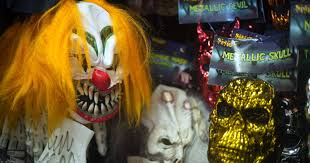 spirit halloween simi valley ohio man faces charges after chasing daughter while wearing clown mask