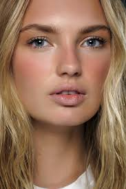 maquillage mariage yeux bleu superb maquillage yeux bleus naturel 6 maquillage mariée naturel