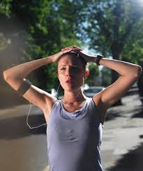 light headed after exercise how to get rid of shaky muscles after a work out woman