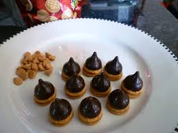 thanksgiving acorn treats sweet acorns sweet simple stuff