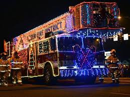 festival of lights parade floats into keizer dec 12