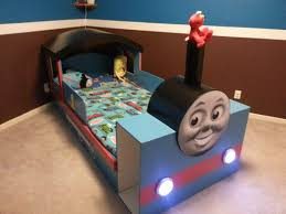 Thomas The Tank Engine Bedroom Furniture by Precise Bedroom Decorating With Thomas The Train Toddler Bed Cute