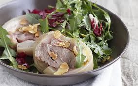cuisiner tete de veau recette salade de tête de veau tiède aux pissenlits et amandes