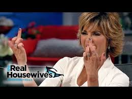 what is the texture of lisa rinnas hair lisa rinna defends her hair the real housewives of beverly
