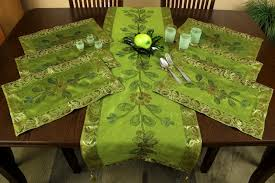 table runner placemat set hand painted 7 piece placemat table runner set banarsi designs