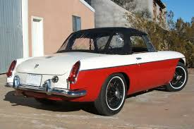 britishv8 forum re what do you think of a two tone mgb