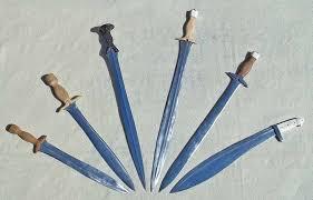Different Types Of Greek Vases Greek Hoplite Weapons