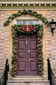 Elegant Christmas Door Decorations by 5 Elegant Christmas Doorways More Than Mats U0026 Doormats