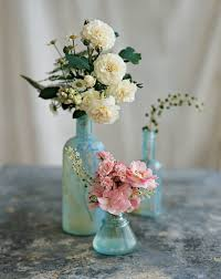 Small Vase Flower Arrangements Simple U0026 Beautiful Flower Arrangements To Welcome Company