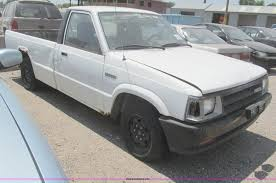 1993 mazda b2200 pickup truck item h8905 sold august 18