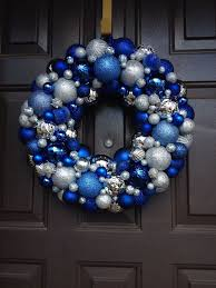 Natural Decorations For Christmas Wreaths by 37 Dazzling Blue And Silver Christmas Decorating Ideas Silver
