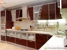 design cuisine marocaine cuisine moderne en bois blanc design simple clair et blanche